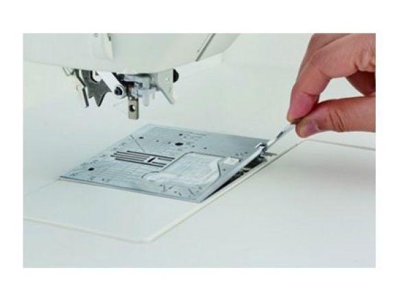 Maquina de coser electrónica profesional juki hzl nx7